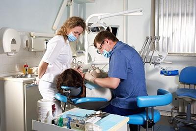 Экстренные ситуации в эндодонтической практике