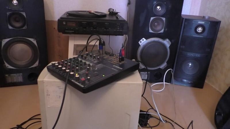 Улучшить звук синтезатора синтезатор Yamaha MOX 6 с помощью усилителя на германиевых транзисторах