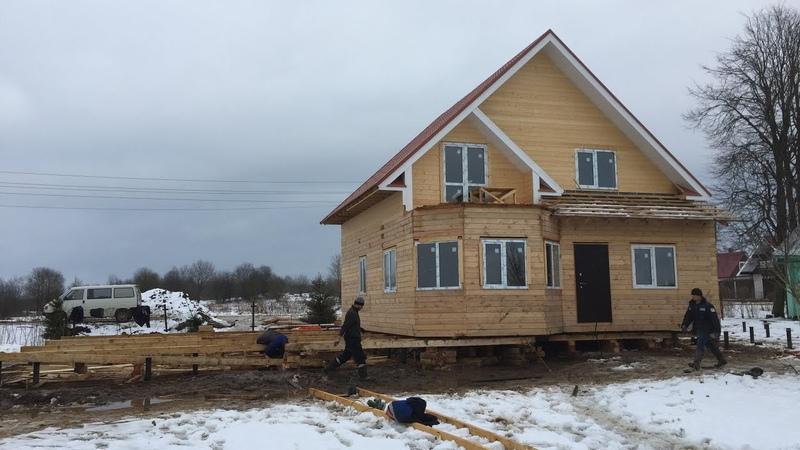 Поднятие дома домкратом и передвижка на винтовой фундамент ГЛАВ СВАИ СПб