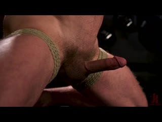 Leather latex muscle stud colby jansen dominates donnie argento