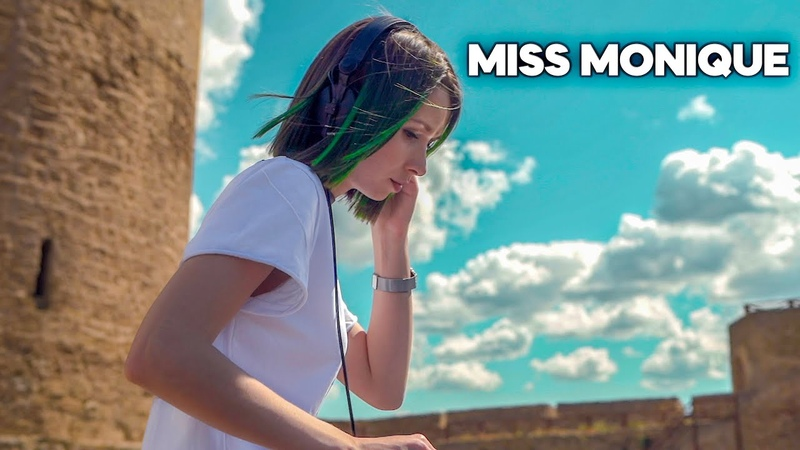 Miss Monique Live @ Radio Intense Ballantine's True Music Progressive House Melodic Techno