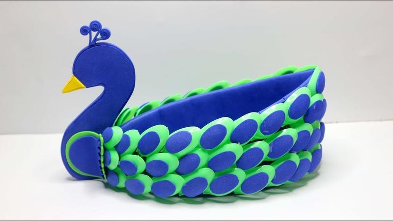 Amazing Peacock Design Showpiece Showpiece making ideas Ide kreatif Merak dari Sendok Plastik
