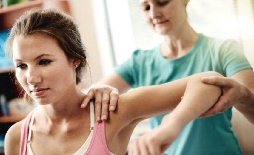 Важно проконсультироваться с врачом, прежде чем начинать регулярную процедуру массажа.