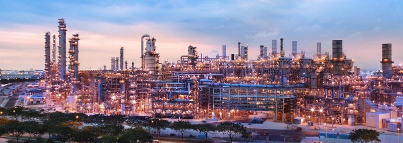 Сингапурский нефтеперерабатывающий завод — один из крупнейших на планете