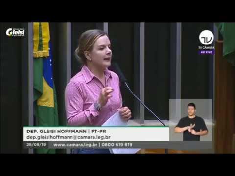 Projeto de Gleisi prevê renegociação das dívidas dos trabalhadores