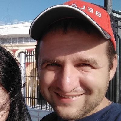 Денис Валуськов