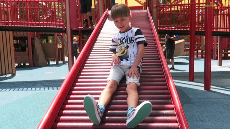 American Playground Fun - Slide Jump Run Climb