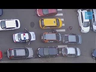 Водитель каршеринга и сотрудники ДПС устроили гонки по дворам в Долгопрудном (720p)
