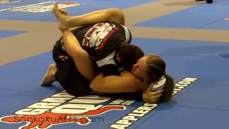 Mixed Grappling Amanda Leve NoGi Grappling Win GQ 2012