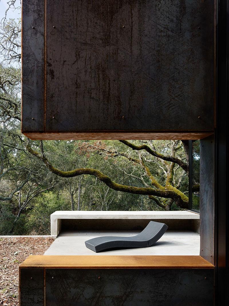 Впечатляющий минималистичный дизайн и энергоэффективный концепт: современном дом в лесу || 02