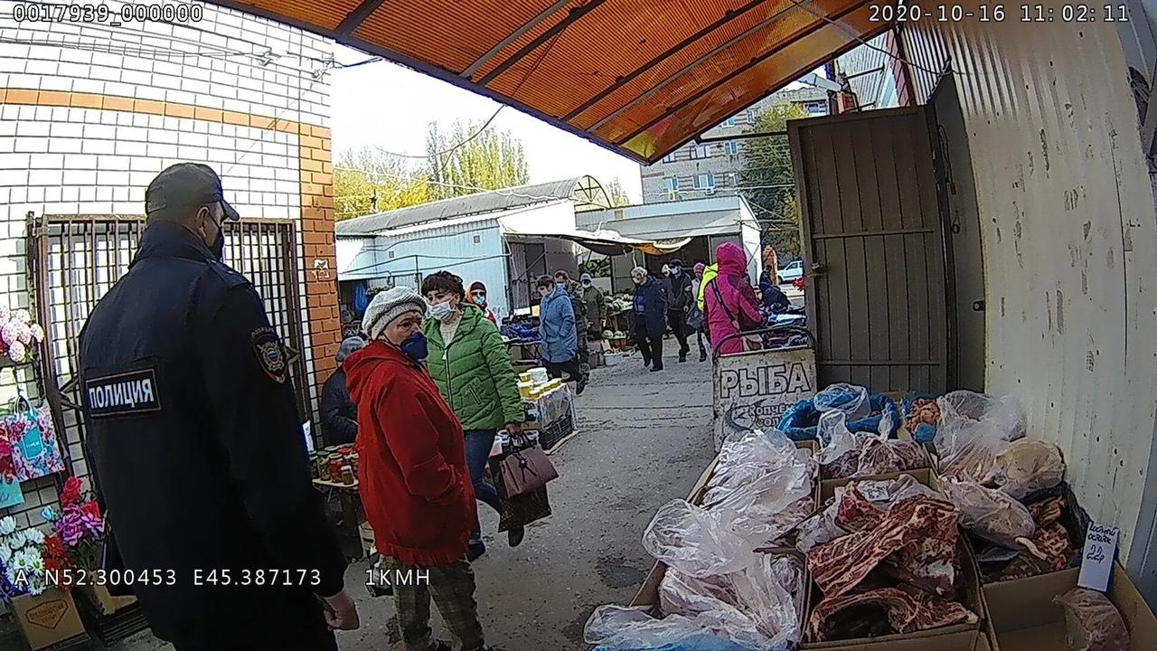 В Петровске прошёл очередной рейд по соблюдению масочного режима в общественных местах