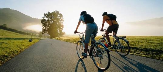Объявляем скидки на велоаксессуары: крылья, насосы, фонари и многое другое! К окончанию сезона скидка 15% действуют и на покрышки Schwalbe и Kenda!
