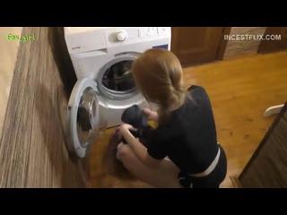 Sasha Foxgirl - Сестра застряла в стиральной машине