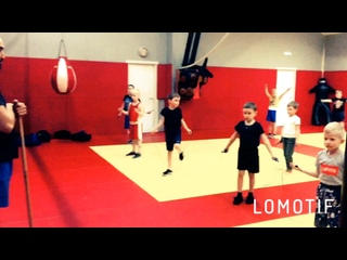 Бокс (6-12 лет). Тренер: Аршакян Гор