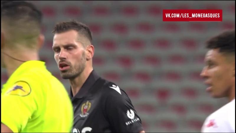 69   12 ГОЛ Пьера Леес-Мелу после ошибки вратаря Вито Манноне
