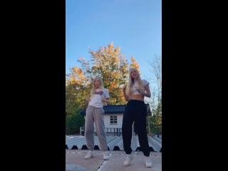 Iza and Elle 1380vid