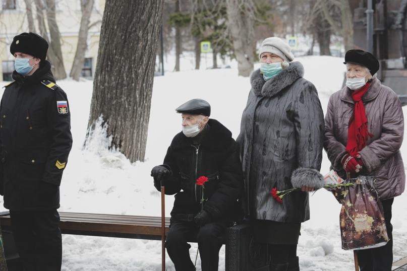 В Нижнем Новгороде отметили День моряка-подводника, изображение №8