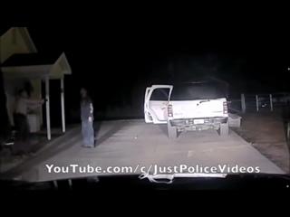 Парень хотел что-бы его застрелил полицейские! Пацаны не делайте так! Жизнь важнее всего!