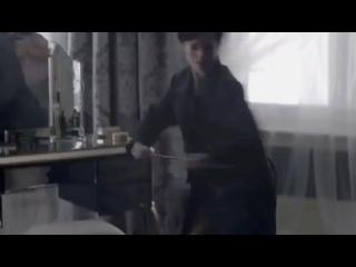 [Шерлок Клоунс] - а теперь скажи это моим детям в симсе