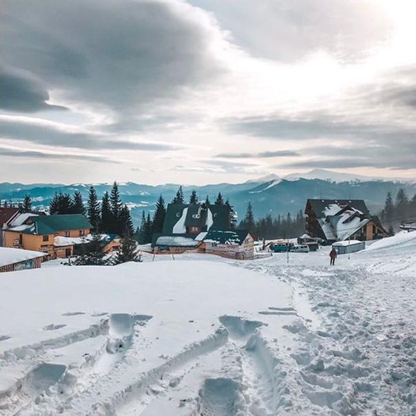 Олександр Ратушняк: Драгобратик встретил ясной погодой🤗❄️Ближайшие дни смотрите наши сторис snegoweek ☃️.#snegomart #dragobrat
