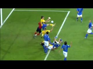 Классный гол Златана в ворота Италии