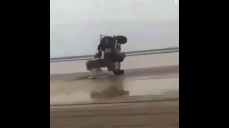 Интересный трюк с катапультированием