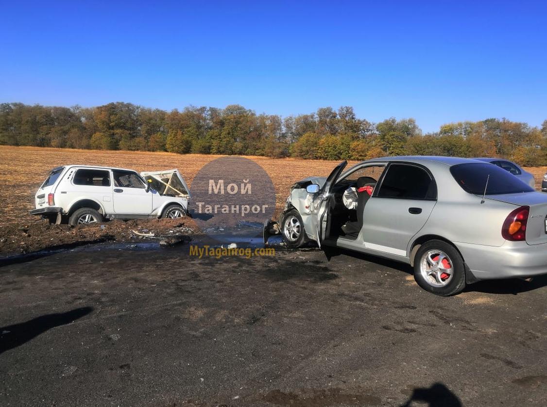 Под Таганрогом столкнулись Chevrolet Lanos и «Нива», один пострадавший