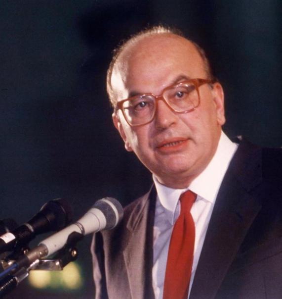 Bettino Craxi, quando l'Italia era la V potenza del mondo