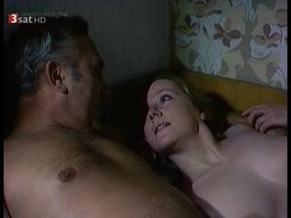 Ruth Reinecke Nude - Polizeiruf 110 s11e05 (1981) HD 720p Watch Online