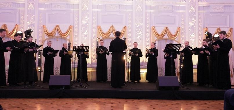 Концертный хор «Держава» поздравил Нижний Новгород с юбилеем, изображение №1