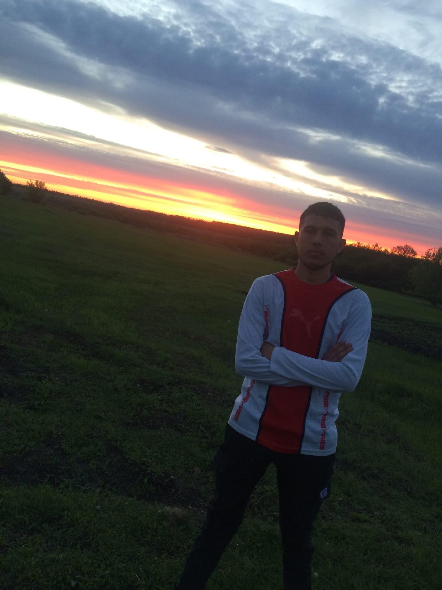 Игорь, 18, Viktoropol'