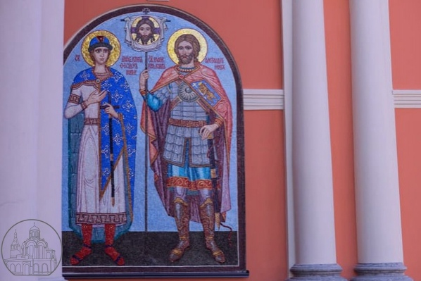 Петербургские мастера с инвалидностью подарили гор...