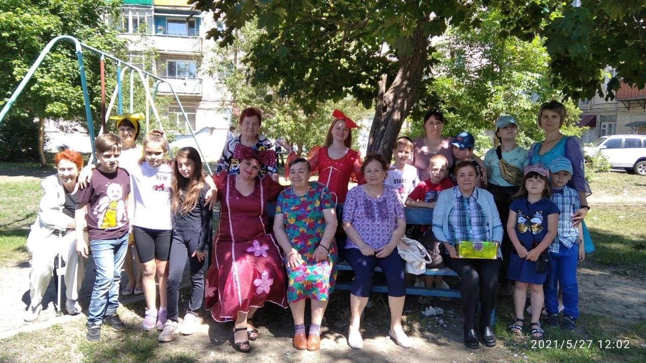 Библиотечные работники провели развлекательную программу для петровчан