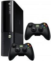 Продам игровую консоль Xbox 360E с двумя беспровод...