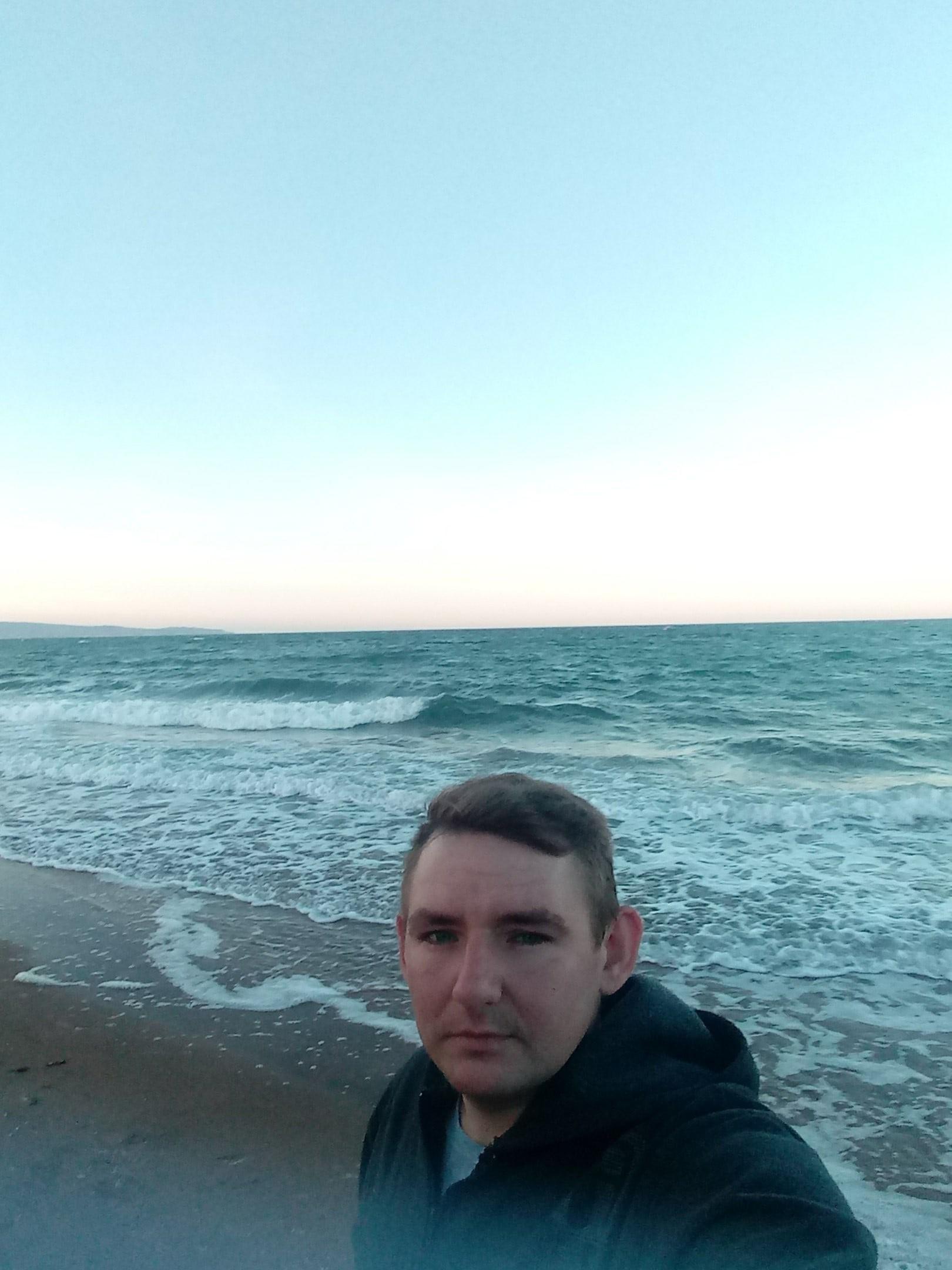 Андрей, 28, Hvardiiske