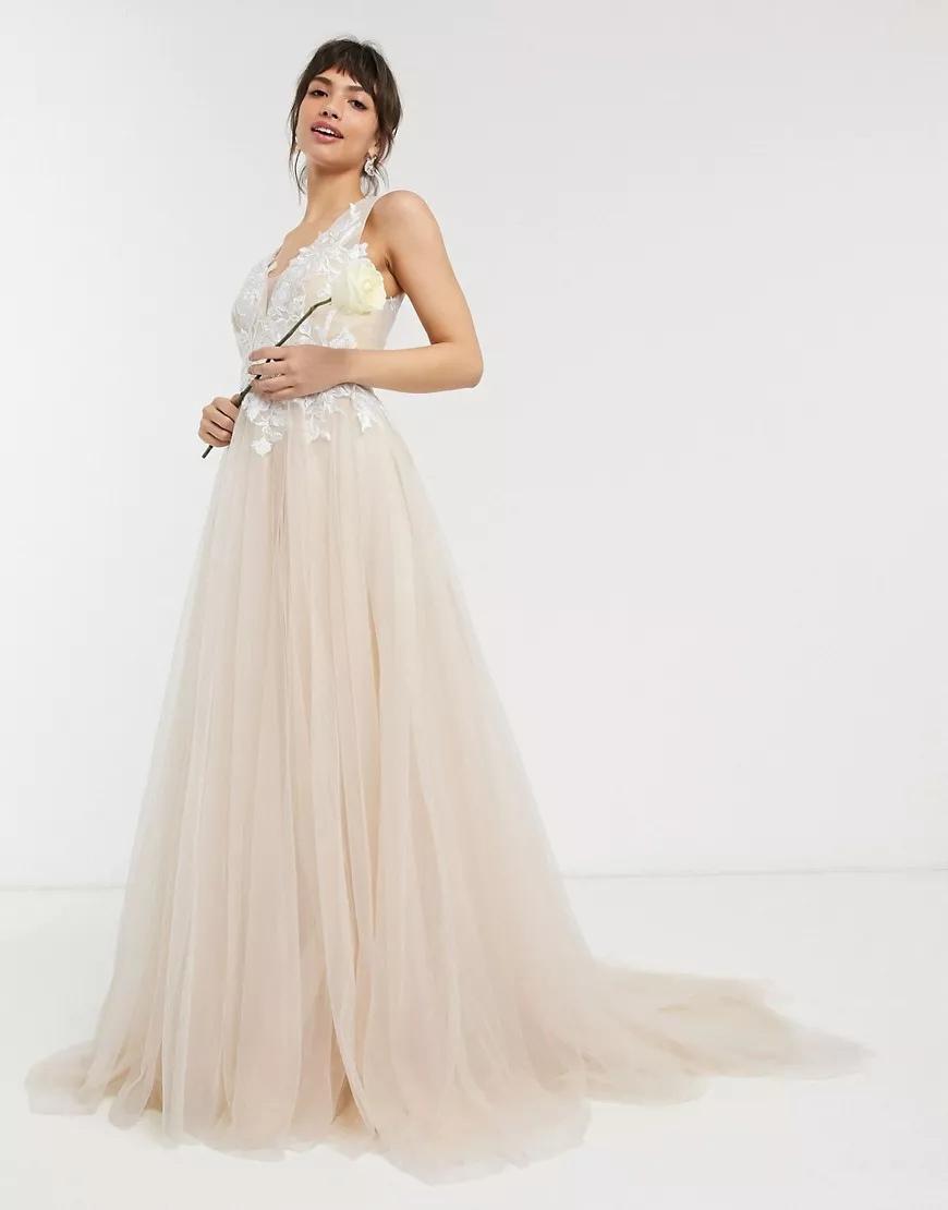 hIrm3iD9kk4 - 21 романтическое платье для невесты в 2021 свадебном сезоне