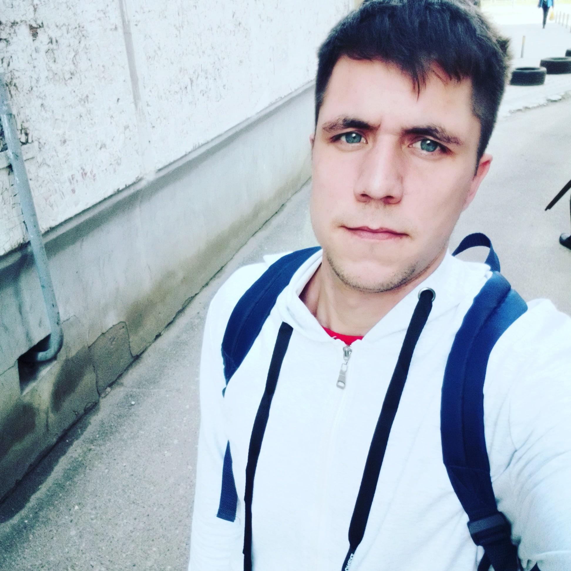 Артём, 25, Soldatskaya