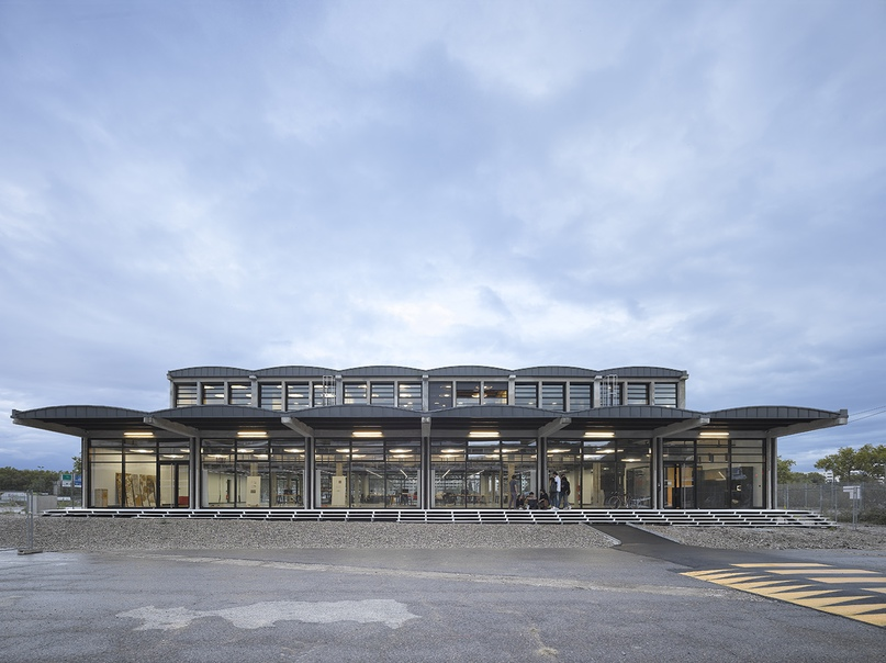 2015: Школа архитектуры Confluence Institute, Лион, Франция