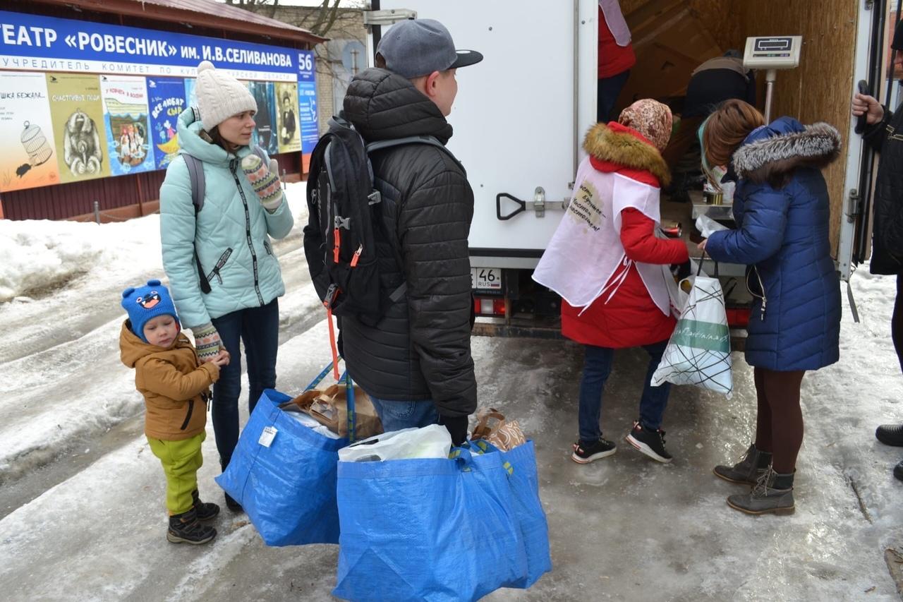 За день волонтеры экотакси собрали и отправили на переработку почти 350 кг вторсырья