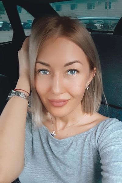 Юлия Вострецова