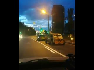 Какие только автомобили не увидишь на дорогах в Казани