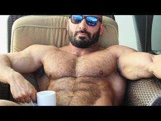 🤗Strong Hairy Bodybuilder ❤️💪