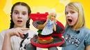 Видео про игры в готовку для Барби. Готовим игрушкам бургер! Игры с Плей До!