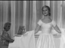 И больше не будет войны - песня из кинофильма Золото 1969 год в главной роли Наталья Варлей