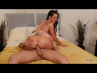 Texas Patti - Stepfamily Anal Massage [Anal, Mature, MILF, Massage, Big Ass, All Sex, 1080p]