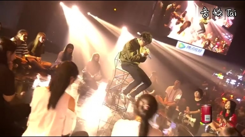 【MV】毛不易 -像我这样的人 现场版 - 高清MV在线播放 - 音悦Tai - 让娱乐更美好_1