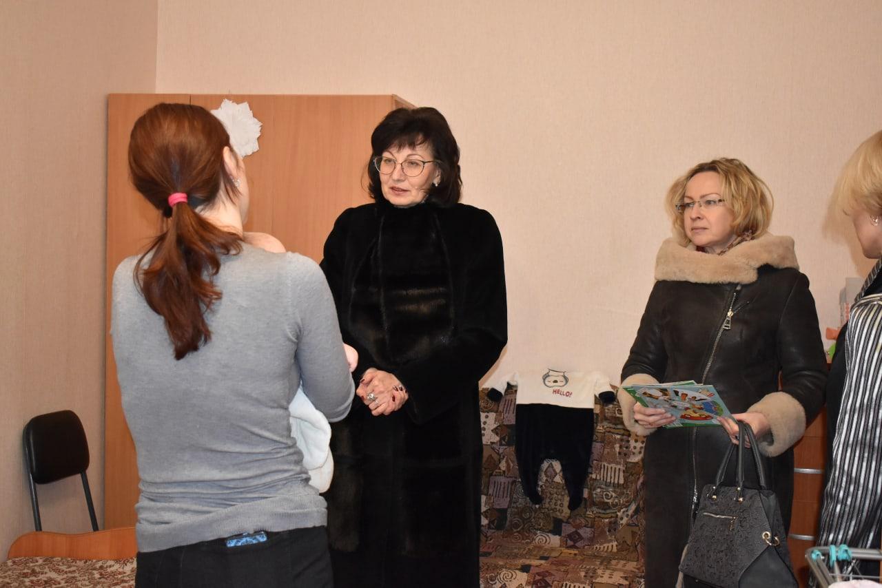 Министр социального развития Ольга Федорова посетила Кризисное отделение для женщин Центра «Доверие»